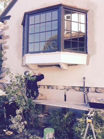 Our crew is completing the finishing touches on this job, going back to paint over a few areas.